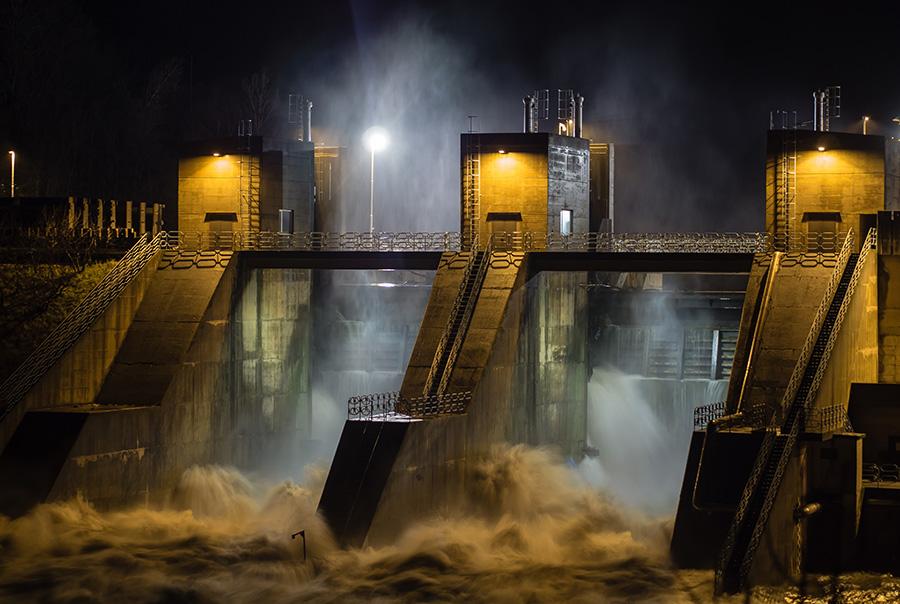 energía hidráulica central
