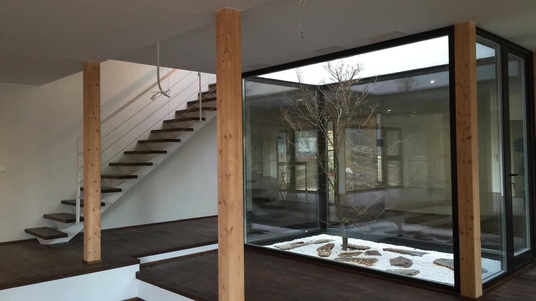 Interior de la casa sostenible