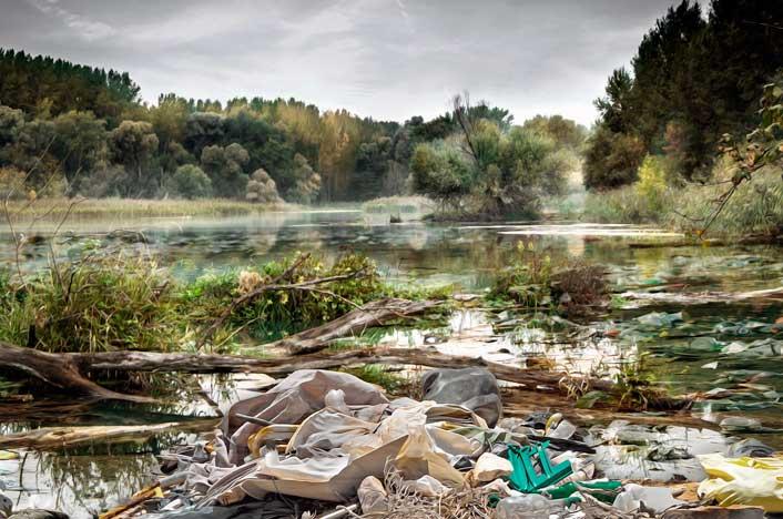 Contaminación del agua en ríos y lagos
