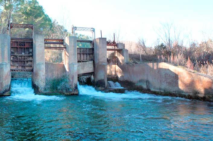 Central hidráulica en España