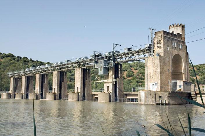 Central hidroeléctrica en España