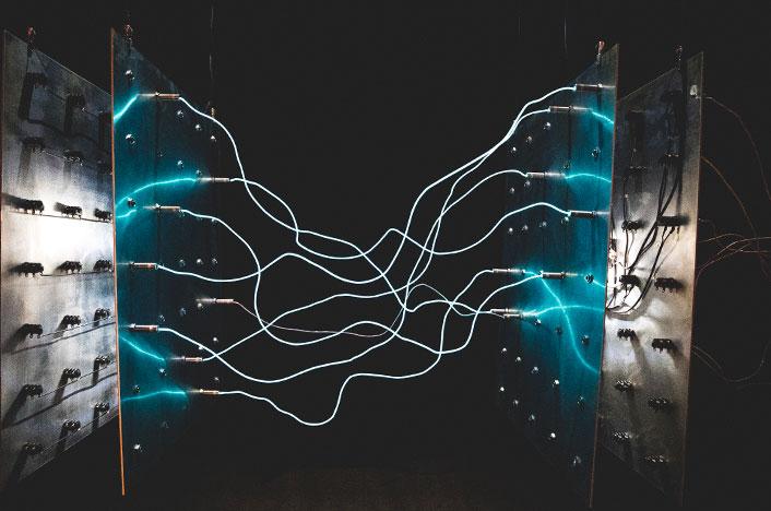 Electricidad entre polos