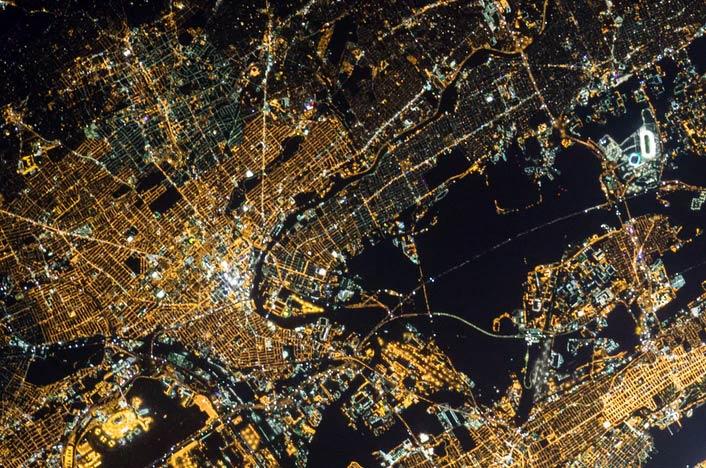 Vista aérea de contaminación visual o lumínica