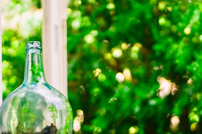 Lámpara ecológica hecha con una botella solar