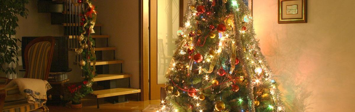 Árbol de navidad en casa