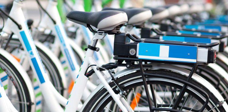Mexicano crea estación de carga inalámbrica para bicicletas eléctricas