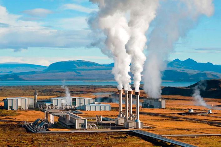Planta de Nesjavellir, Islandia