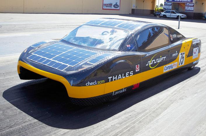 Coche solar eVe