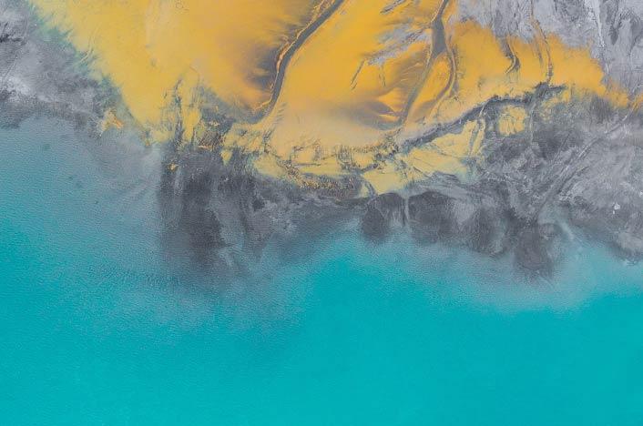 Océano contaminado - vertido de petroleo