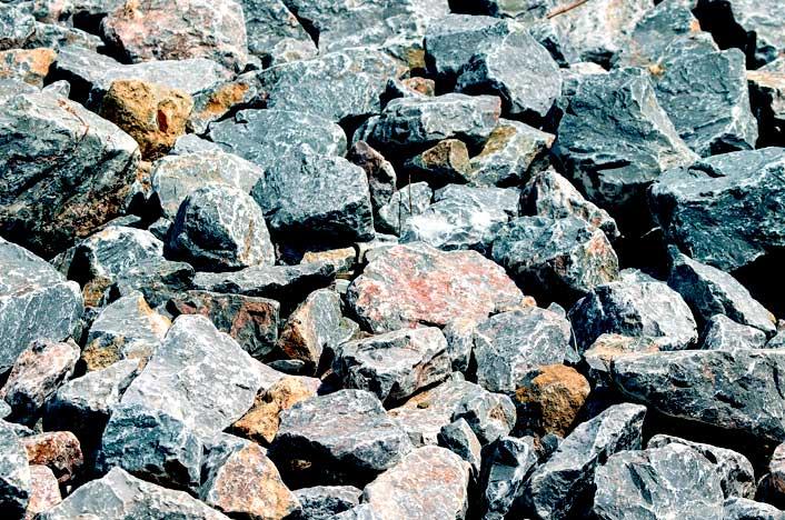 suelos pedregosos
