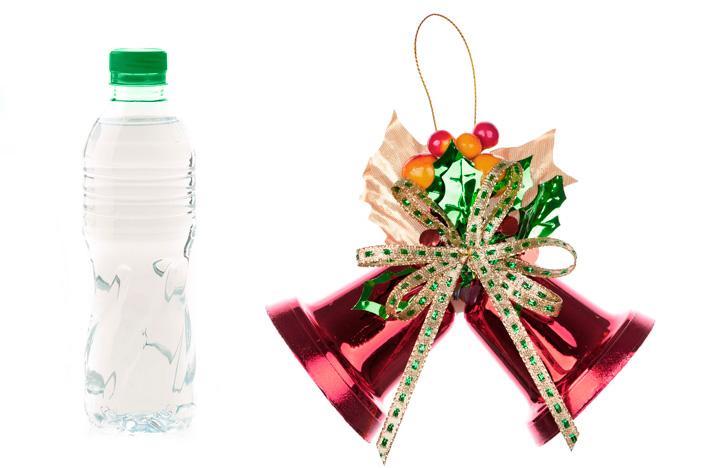 campanas de navidad con botellas de plástico