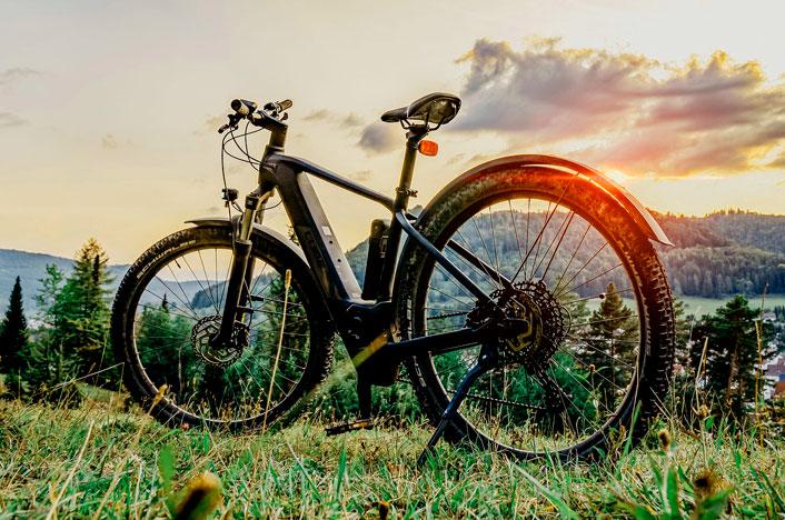 cuál es la mejor bicicleta eléctrica de montaña