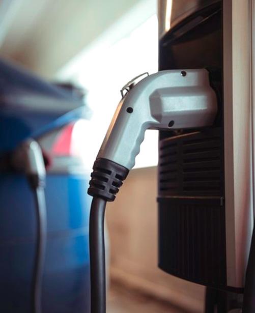 coche eléctrico, ejemplo de movilidad sostenible