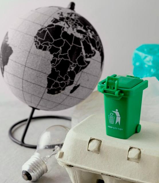 contenedor de reciclaje y desechos