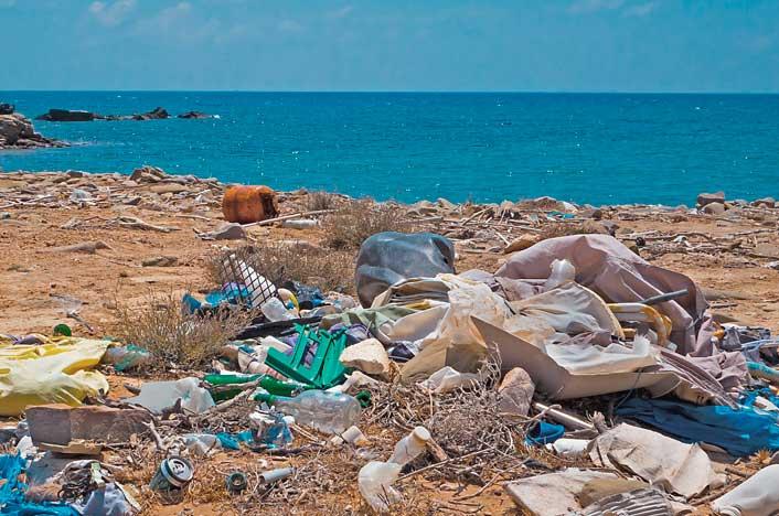 impacto de la contaminación de plásticos en el turismo